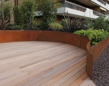Deck en bois, Montreux